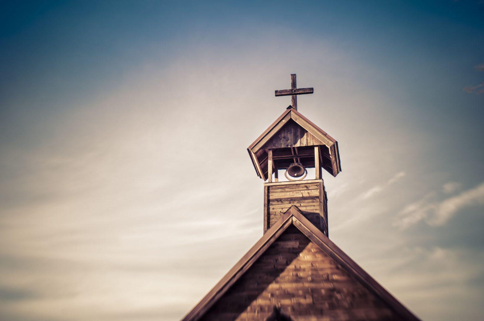 Kościół, świeccy i media