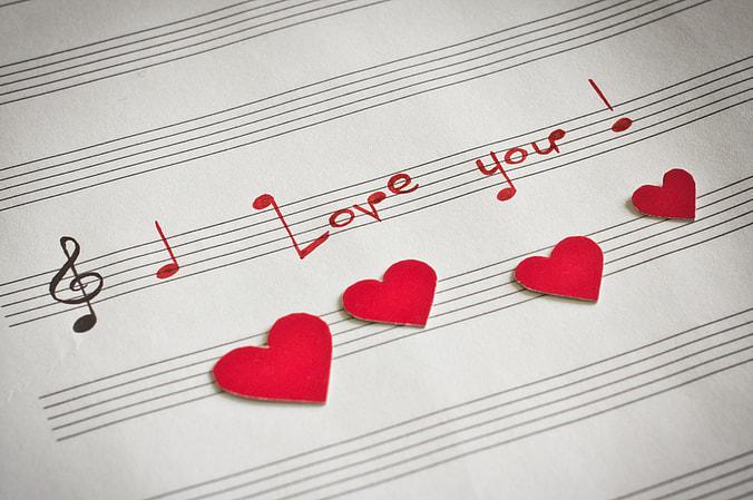 Miłość chce i musi płynąć w naszych sercach