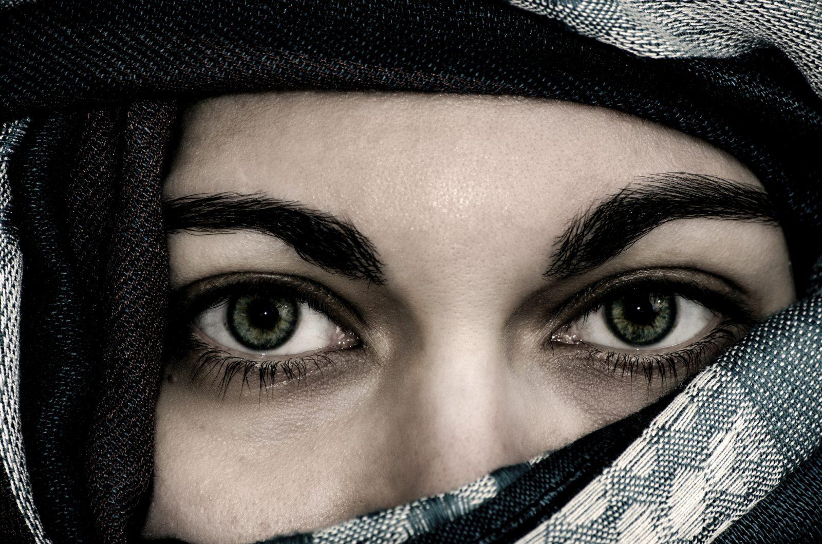 Oczy i stopy współczesnego świata